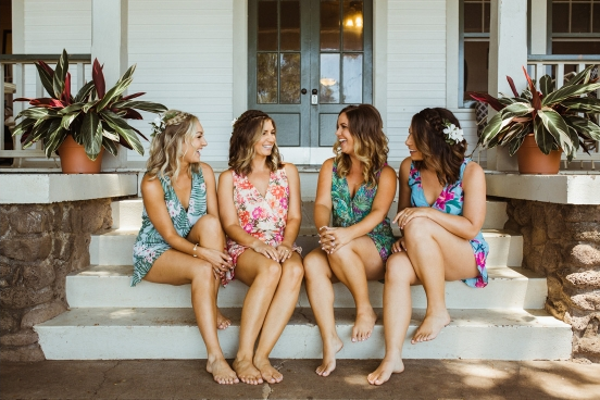 Tanned Bride and Bridesmaids